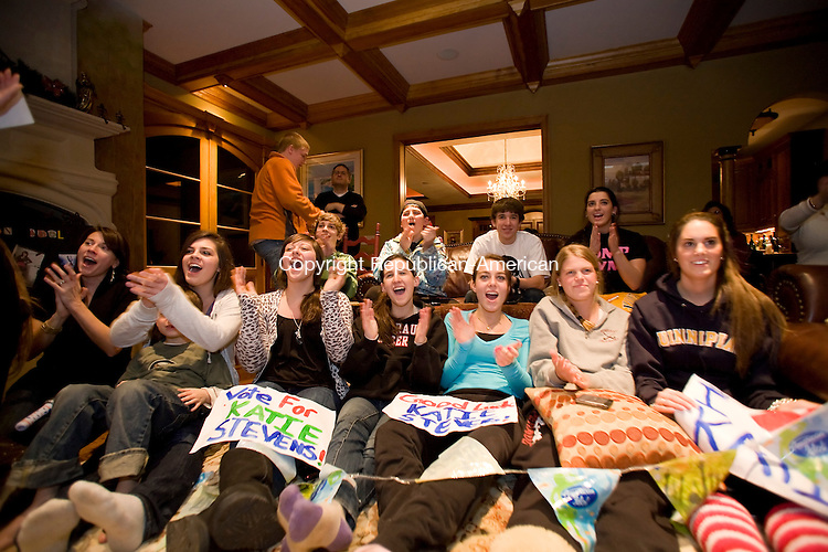 Middlebury, CT-23, February 2010-022310CM04    Friends of Katie Stevens gathered at the Albini residence in Middlebury Tuesday evening to watch their friend perform at American Idol.  From right to left Chelsea Ferrara, Meghan Sullivan, Jillian Papa, Paige Santos, Julia Albini, Ari Asipi, Nico Roy, Heather Roy all of Middlebury.    --Christopher Massa Republican-American