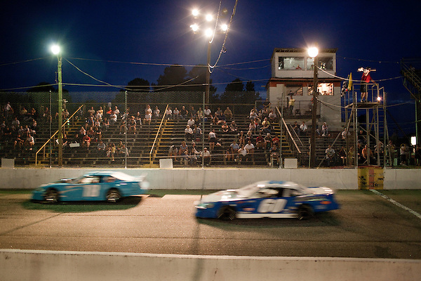 May 21, 2010. Raleigh, North Carolina.. Racing at the Wake County Speedway
