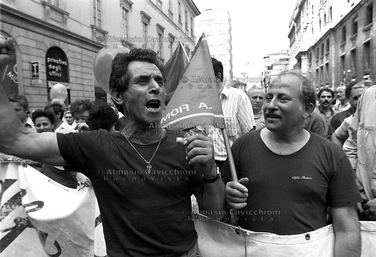 Luglio 1988 Milano: Sciopero lavoratori Alfa Romeo<br /> July 1988 Milan: Alfa Romeo workers on strike