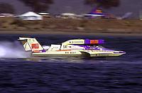 The U-5 Jeronimo, driver George Stratton..Hydros-PROP Bayfair,San Diego,CA,USA 9.17.2000.©F.Peirce Williams 2000..