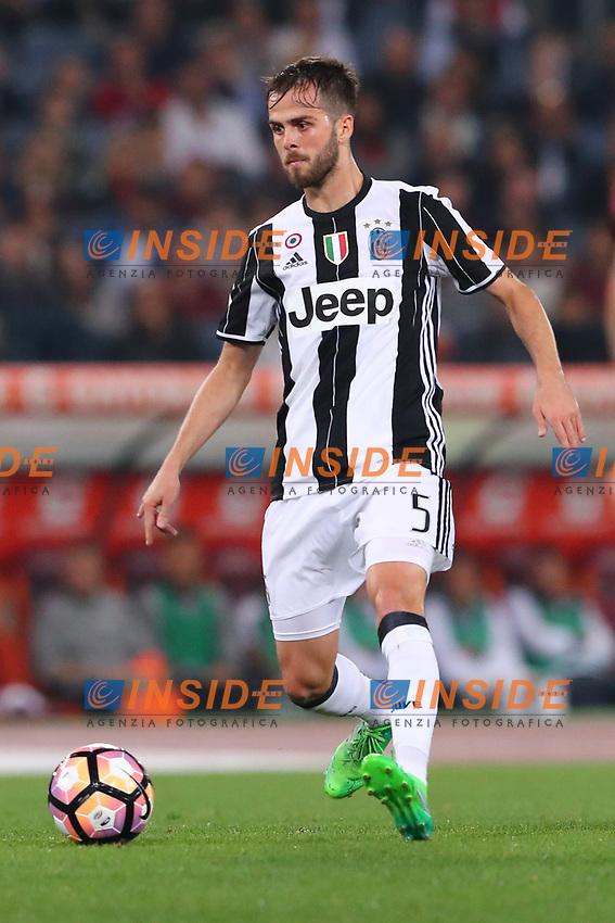 Miralem Pjanic Juventus<br /> Roma 14-05-2017  Stadio Olimpico <br /> Campionato Serie A AS Roma - Juventus<br /> Foto Cesare Purini / Insidefoto