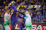 League ASOBAL 2017-2018 - Game: 14.<br /> FC Barcelona Lassa vs Helvetia Anaitasuna: 38-26.<br /> Antonio Bazan vs Wael Jallouz.