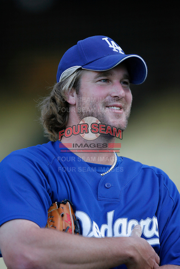 Derek Lowe of the Los Angeles Dodgers during batting practice before a 2007 MLB season game at Dodger Stadium in Los Angeles, California. (Larry Goren/Four Seam Images)