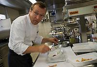 """Europe/Suisse/Jura Suisse/ Le Noirmont: Georges Wenger en cuisine Hôtel-Restaurant de la Gare :""""Georges Wenger"""""""