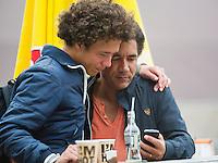 August 8, 2014, Netherlands, Rotterdam, TV Victoria, Tennis, National Junior Championships, NJK,  Casper Bonapart with his father<br /> Photo: Tennisimages/Henk Koster