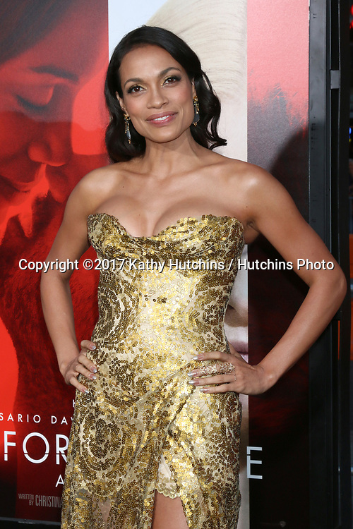 "LOS ANGELES - APR 18:  Rosario Dawson at the ""Unforgettable"" Premiere at TCL Chinese Theater IMAX on April 18, 2017 in Los Angeles, CA"