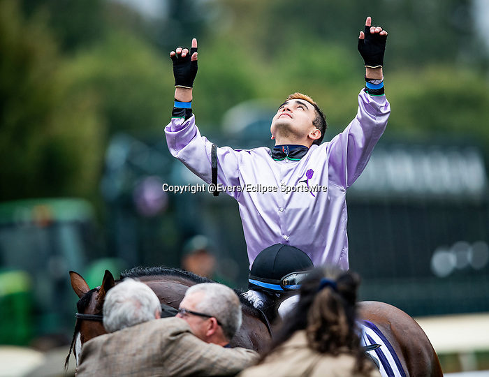 OCT 06: Migeul Mena celebrates as he guides Peace Achieved to victory in the Bourbon Stakes at Keeneland Racecourse, Kentucky on October 06, 2019. Evers/Eclipse Sportswire/CSM