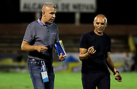 NEIVA-COLOMBIA, 05-10-2019: José Arestey, técnico de Envigado F. C. durante partido entre Atlético Huila y Envigado F. C. de la fecha 15 por la Liga Águila II 2019 en el estadio Guillermo Plazas Alcid en la ciudad de Neiva. / Jose Arestey, coach of Envigado F.C., during a match between Atletico Huila and Envigado F. C. of the 15th date for the Aguila Leguaje II 2019 at the Guillermo Plazas Alcid Stadium in Neiva city. Photo: VizzorImage  / Sergio Reyes / Cont.