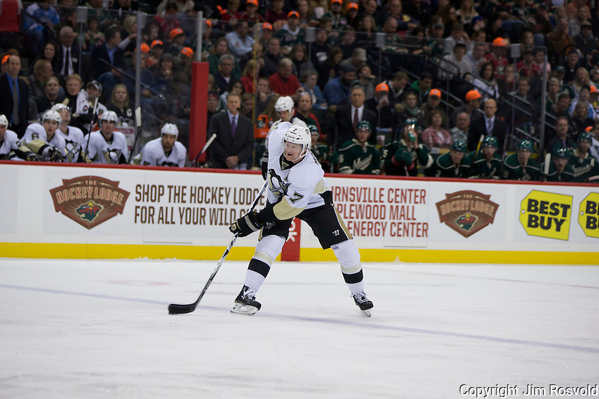 18 Oct 11: The Minnesota Wild host the Pittsburgh Penguins at the Xcel Energy Center in St. Paul, MN