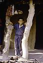 Irak 1985.Dans les zones libérées, région de Lolan, un jeune garçon.Iraq 1985.In liberated areas, Lolan district, a young boy
