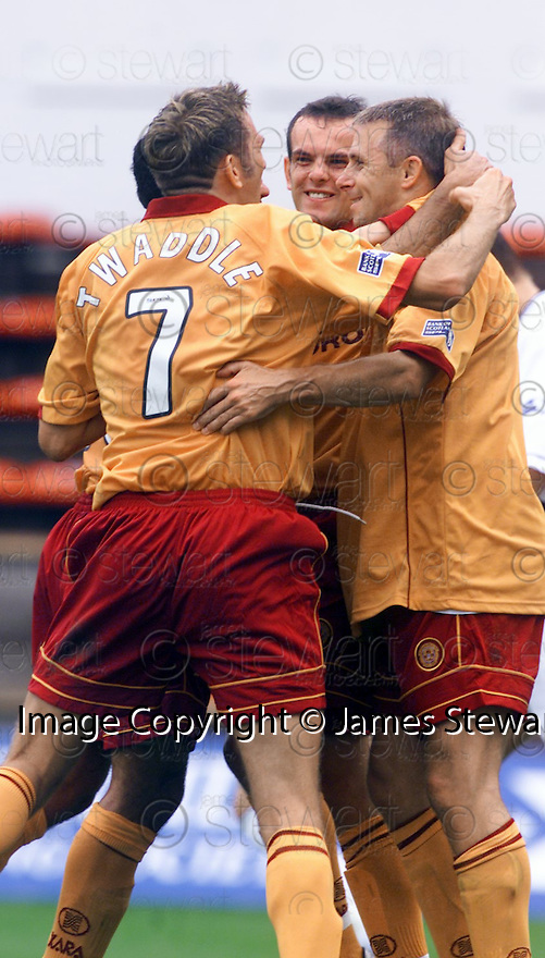 28th July 2001  Copyright Pic : James Stewart .Ref :                           .File Name : stewart02-dunfermline v mwell.DAVID KELLY CELEBRATES SCORING MWELL'S PENALTY......James Stewart Photo Agency, Stewart House, Stewart Road, Falkirk. FK2 7AS      Vat Reg No. 607 6932 25.Office : +44 (0) 1324 630007     Mobile : 07721 416997.Fax     :  +44 (0) 1324 630007.E-mail : jim@jspa.co.uk.If you require further information then contact Jim Stewart on any of the numbers above.........