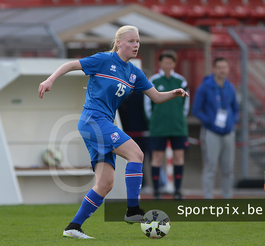 20150406 - MELUN , FRANCE  : Icelandic Hulda Osk Jonsdottir  pictured during the soccer match between Women Under 19 teams of Iceland and Russia , on the second matchday in group 3 of the UEFA Elite Round Women Under 19 at Stade Municipal , Melun , France . Monday 6th April 2015 . PHOTO DAVID CATRY