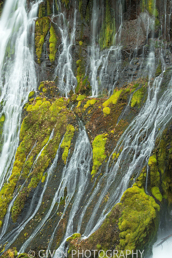 Close-up of Panther Creek Falls in Gifford Pinchot National Forest, Washington