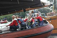 ZEILEN: FRIESLAND: Skûtsjesilen Pieter Brouwer, Skûtsje Gerben van Manen Heerenveen, ©foto Martin de Jong