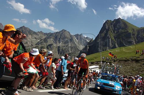 2009, Tour de France, tappa 09 Saint Gaudens - Tarbes, Euskaltel - Euskadi, Tourmalet July 11th 2009.  Stage 9 (Photo: Stefano Sirotti/ActionPlus)