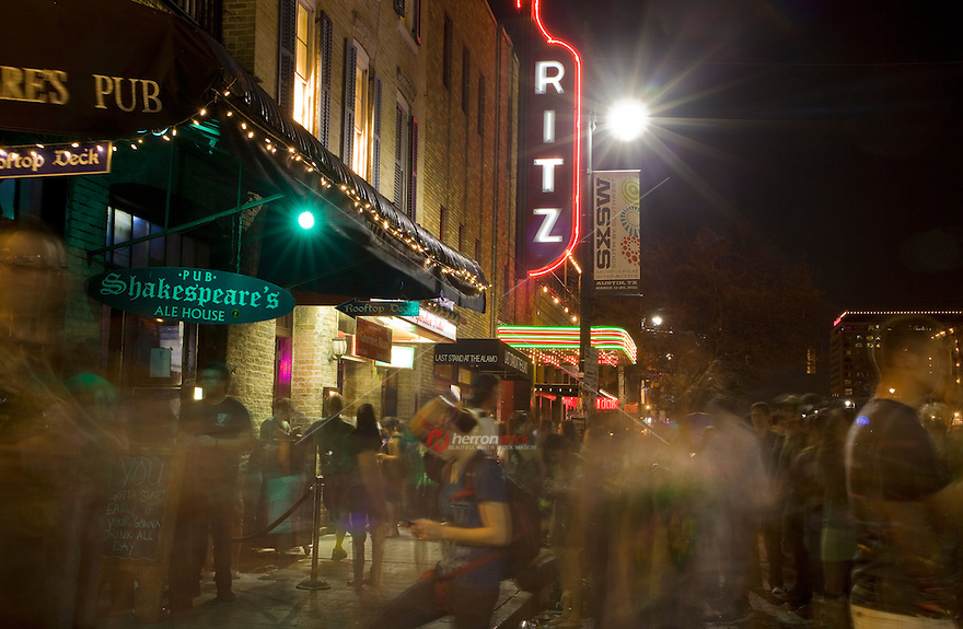 6th Street offers unlimited music and entertainment options during the week