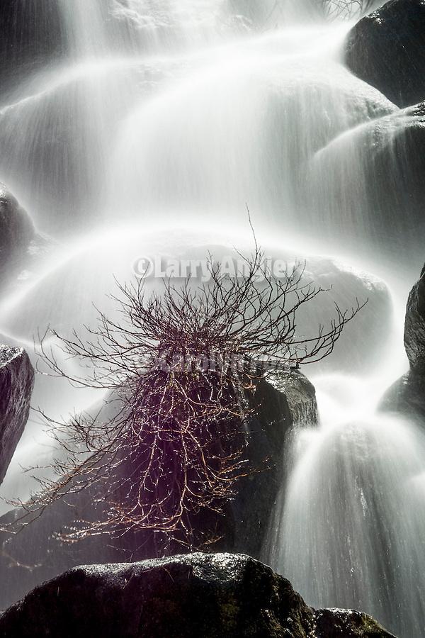Unnamed waterfall, tributary to Yosemite Creek, Yosemite-Tioga Pass Highway