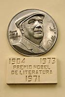 Monument honouring Chilean poet Pablo Neruda in Parque Cuscatlan, San Salvador, El Salvador
