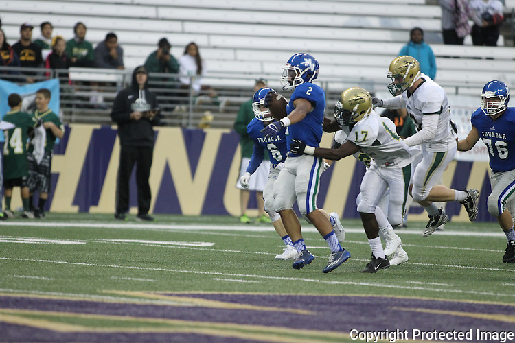 Mountain View vs. Auburn in the 2015 Emerald City Kickoff Classic at Husky Stadium September 6, 2014 in Seattle. Jim Bryant for The Columbian.