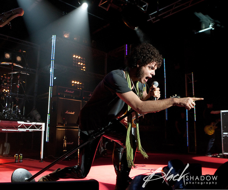 Andrew Stockdale of Wolfmother performs with Slash at the MTV Classic Launch, The Palace Theatre, Melbourne, 28 April 2010