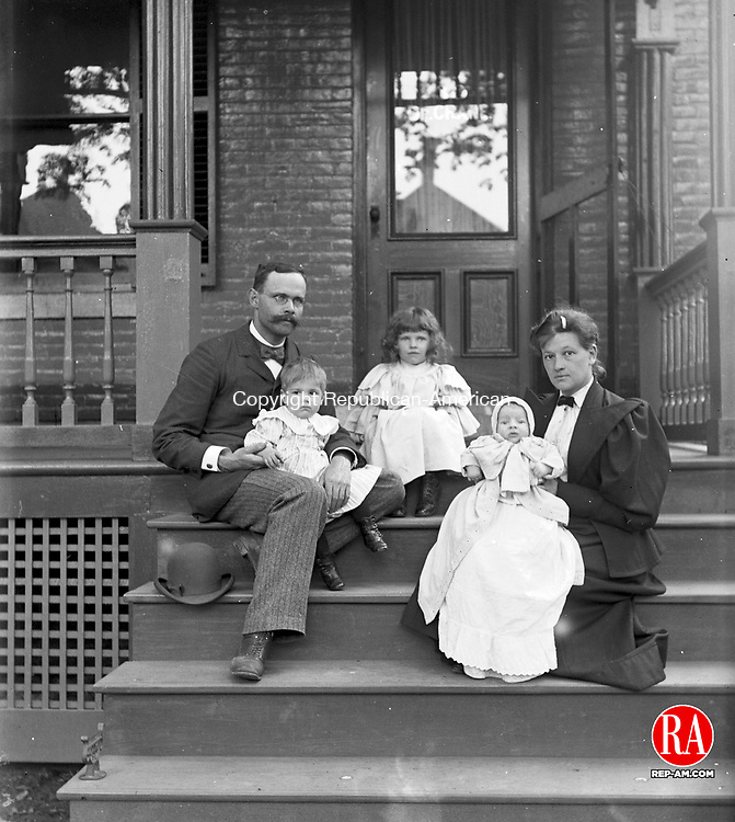 Dr. Crane and his family in Waterbury, 1892.
