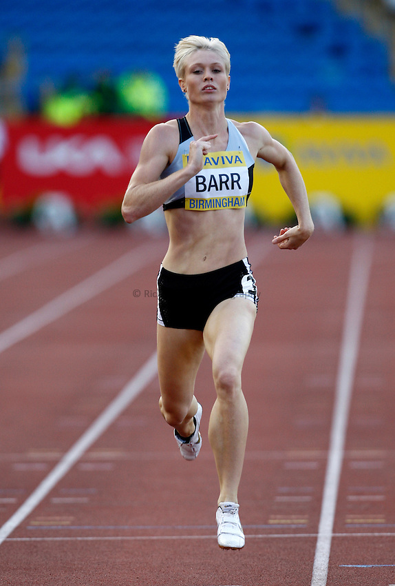 Photo: Richard Lane/Richard Lane Photography..Aviva World Trials & UK Championships athletics. 10/07/2009. Vicky Barr in a women's 400m heat.