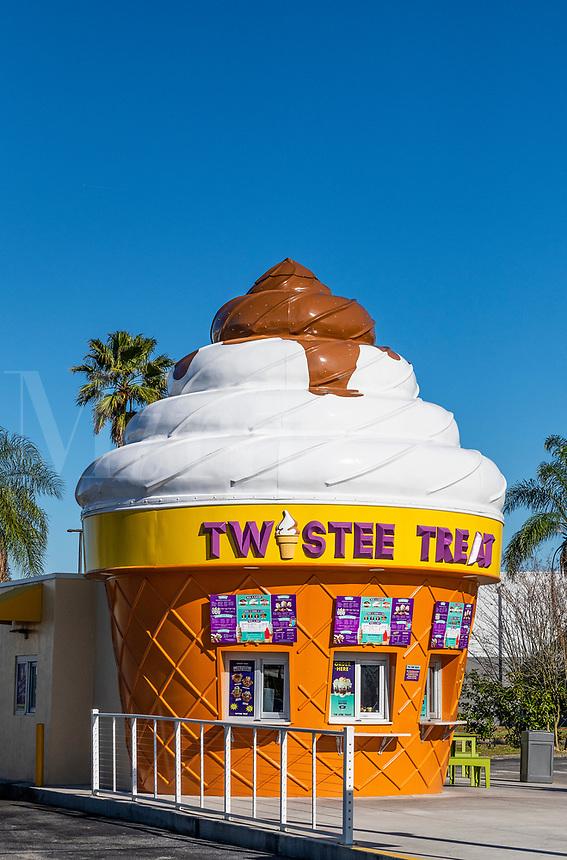 Twistee Treat soft-serve, ice cream restaurant, Kissimmee, Florida, USA.