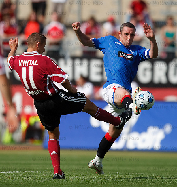 David Weir clears from Marek Mintal