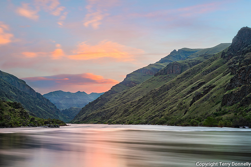 Hells Canyon NRA, Oregon/Idaho:<br /> Snake river reflecting dawn colors near Tyrone creek.