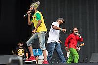 CIUDAD DE MEXICO, D.F. 13  Marzo.- El grupo argentino Lumumba durante el festival Vive Latino 2015 en el Foro Sol de la Ciudad de México. el 13 de Marzo de 2015.  FOTO: ALEJANDRO MELENDEZ
