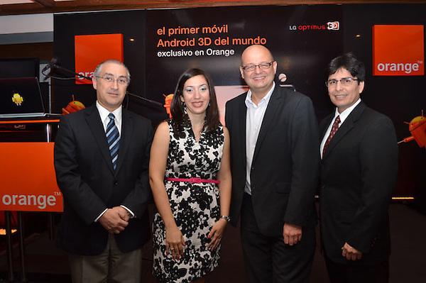 Orange lanza en exclusividad para Rep&uacute;blica Dominicana el nuevo LG<br /> Optimus 3D, el primer m&oacute;vil 3D del mundo<br /> <br /> Un evento que conto con blogueros y comunicadores expertos en el &aacute;rea de la<br /> tecnolog&iacute;a