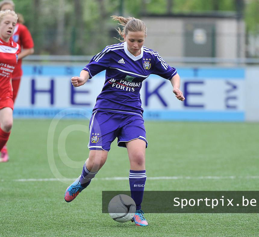 AA Gent Ladies U16 - RSC Anderlecht : Ellen Buysse.foto DAVID CATRY / Nikonpro.be