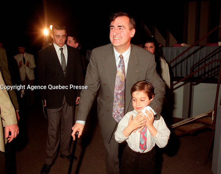 Montreal (Qc) CANADA - 1995 File Photo - April 1995 - Bloc Quebecois convention, Lucien Bouchard and son