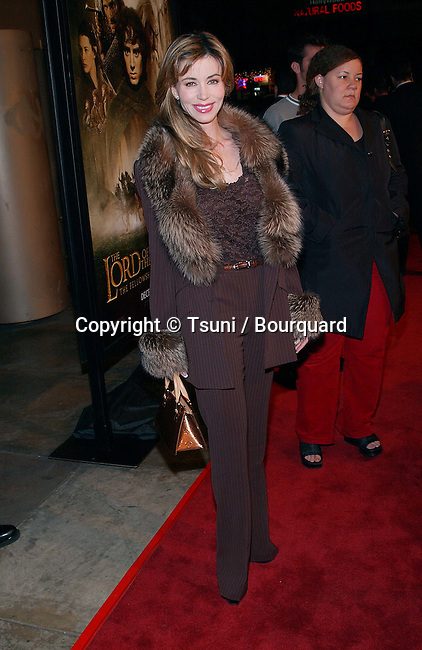 Shaune Bagwell arriving at the premiere of Lord of The Rings at the Egyptian Theatre in Los Angeles. December 16, 2001. BagwellShaune08.JPG