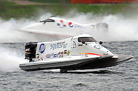 Chris Fairchild (#62) and Mark Jakob (#7)     (Formula 1/F1/Champ class)