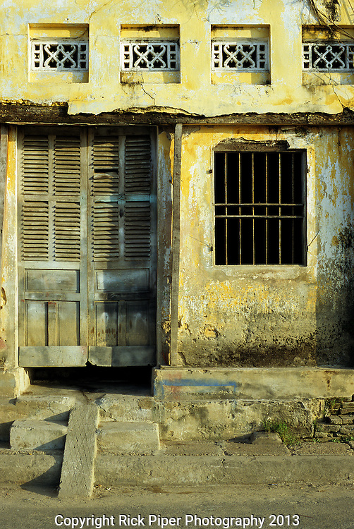 Ochre Wall 03 - Traditional house on Bach Dang St, early morning, Hoi An, Viet Nam
