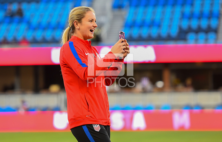 San Jose, CA - Sunday November 12, 2017: Lindsey Horan during an International friendly match between the Women's National teams of the United States (USA) and Canada (CAN) at Avaya Stadium.