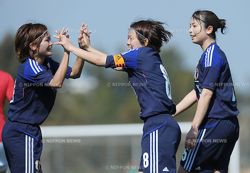 (L to R) Nahomi Kawasumi (JPN), Aya Miyama (JPN), FEBURARY 29, 2012 - Football / Soccer : The Algarve Women's Football Cup 2012, match between Japan 2-1 Norway in Municipal Bela Vista, Portugal..(Photo by Atsushi Tomura/AFLO SPORT) [1035]