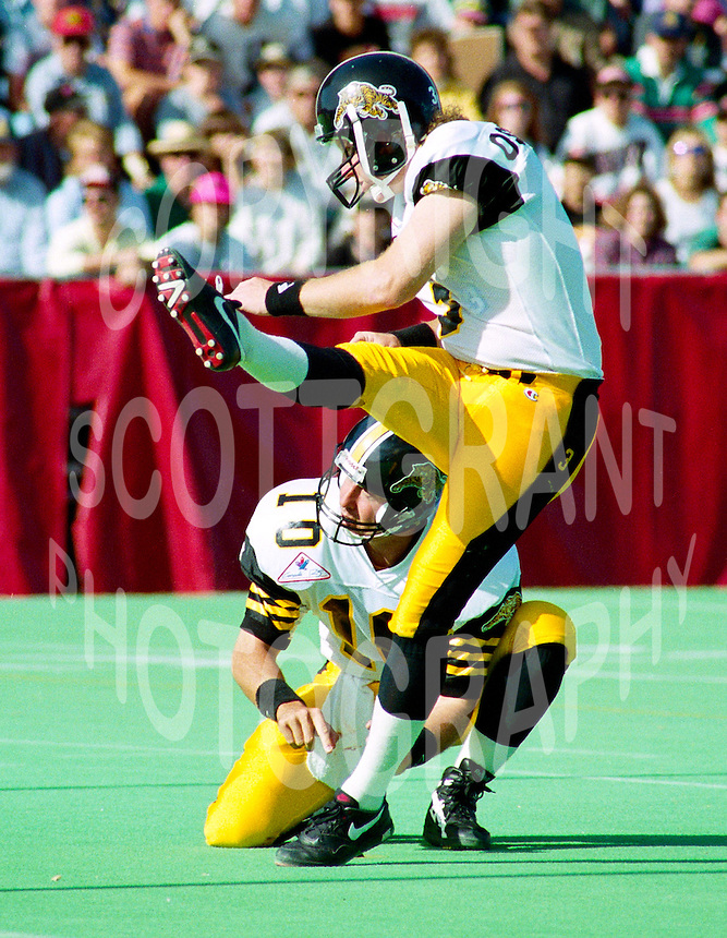 Paul Osbaldiston Hamilton Tiger Cats 1992. Photo F. Scott Grant