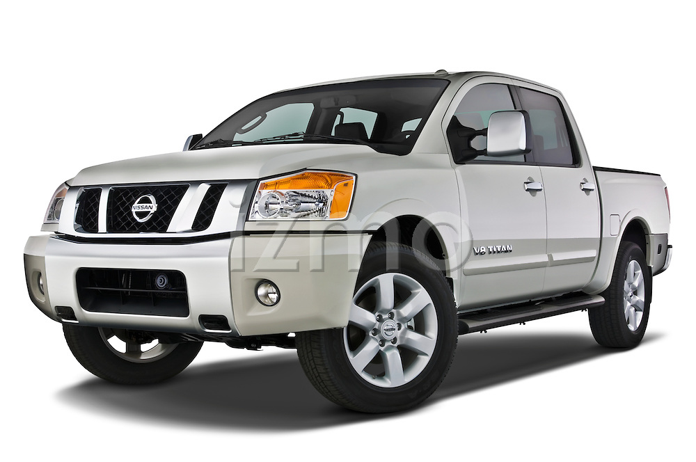 Low aggressive front three quarter view of a 2008 Nissan Titan.