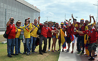 FORTALEZA - BRASIL -04-07-2014. Los hinchas colombianos disfrutan previo al juego de los cuartos de final entre Colombia (COL) y Brasil (BRA), hoy 4 de julio de 2014, por la Copa Mundial de la FIFA Brasil 2014 jugado en el Estadio Castelao de Fortaleza./ Fans of Colombia enjoy prior the match of the Quarter-Finals between Colombia (COL) and Brazil (BRA), today July 4 2014 for the 2014 FIFA World Cup Brazil played at Castelao stadium in Fortaleza. Photo: VizzorImage / Alfredo Gutiérrez / Contribuidor
