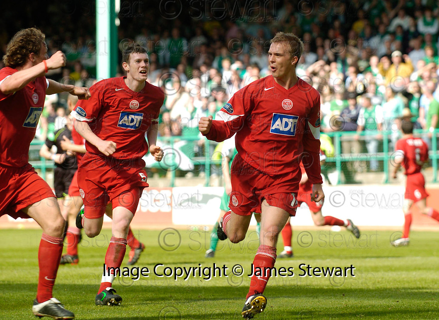 14/05/2005         Copyright Pic : James Stewart.File Name : jspa13_hibernian_v_aberdeen.DARREN MACKIE  CELEBRATES AFTER HE SCORES THE SECOND....Payments to :.James Stewart Photo Agency 19 Carronlea Drive, Falkirk. FK2 8DN      Vat Reg No. 607 6932 25.Office     : +44 (0)1324 570906     .Mobile   : +44 (0)7721 416997.Fax         : +44 (0)1324 570906.E-mail  :  jim@jspa.co.uk.If you require further information then contact Jim Stewart on any of the numbers above.........A