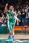 S&ouml;dert&auml;lje 2014-04-15 Basket SM-Semifinal 5 S&ouml;dert&auml;lje Kings - Uppsala Basket :  <br /> S&ouml;dert&auml;lje Kings John Roberson jublar efter att S&ouml;dert&auml;lje Kings gjort po&auml;ng<br /> (Foto: Kenta J&ouml;nsson) Nyckelord:  S&ouml;dert&auml;lje Kings SBBK Uppsala Basket SM Semifinal Semi T&auml;ljehallen jubel gl&auml;dje lycka glad happy