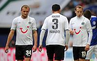 FUSSBALL   1. BUNDESLIGA   SAISON 2011/2012   29. SPIELTAG FC Schalke 04 - Hannover 96                                08.04.2012 Konstantin Rausch, Karim Haggui und Jan Schlaudraff (v.l., alle Hannover 96) sind enttaeuscht