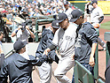 (L-R) Joe Girardi, Masahiro Tanaka (Yankees), JUNE 3, 2015 - MLB : New York Yankees starting pitcher Masahiro Tanaka (C) shakes hands with manager Joe Girardi (R) against the Seattle Mariners at Safeco Field in Seattle, United States. (Photo by AFLO)