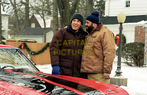 Surviving Christmas (2004)<br /> Ben Affleck &amp; James Gandolfini<br /> *Filmstill - Editorial Use Only*<br /> CAP/KFS<br /> Image supplied by Capital Pictures