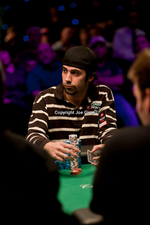 Team Pokerstars Pro Jason Mercier is eliminated in 7th. place.