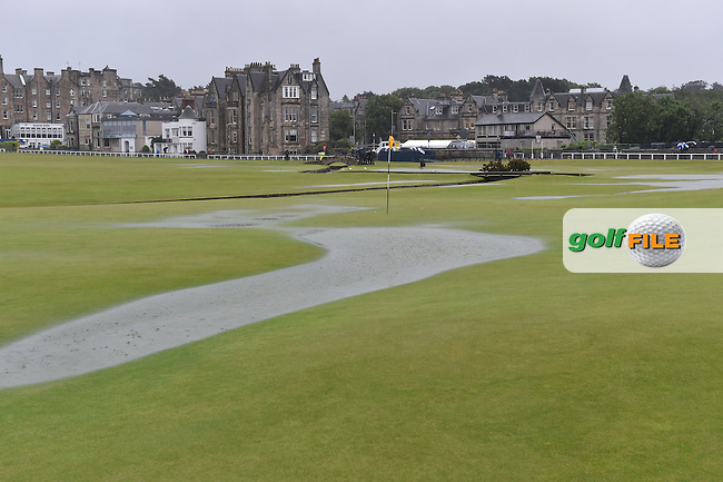 The 1st green and suspension of play due to high winds and waterlogged course at the start of Friday's Round 2 of the 144th Open Championship, St Andrews Old Course, St Andrews, Fife, Scotland. 17/07/2015.<br /> Picture Eoin Clarke, www.golffile.ie