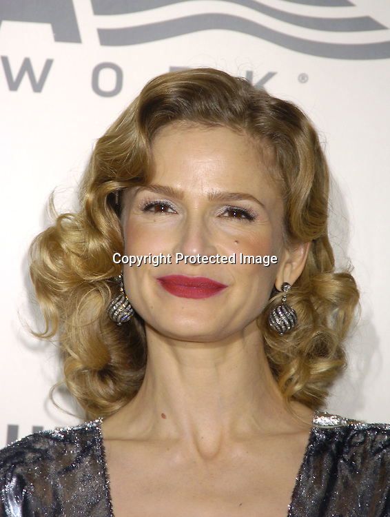 Kyra Sedgwick ..at the American Museum of the Moving Image salute to John Travolta on December 5, 2004 at The Waldorf Astoria ..Hotel. ..Photo by Robin Platzer, Twin Images