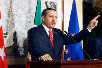 Rome,Italy, November 7, 2007. Il Primo Ministro Turco Recep Tayyip Erdogan tiene il suo discorso durante una conferenza stampa a Roma. <br /> Turkish Prime Minister Recep Tayyip Erdogan during a press conference in Rome.